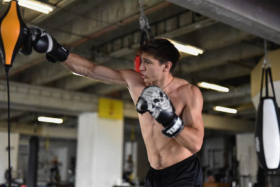 Kickboxer punches record