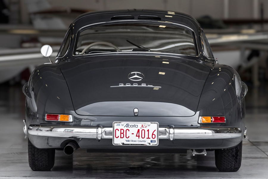 Mercedes Gullwing for Auction back