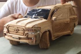 Toyota land cruiser wood carving