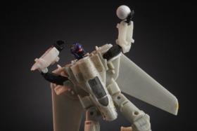 The Transformers Top Gun Mash-Up Maverick Robot