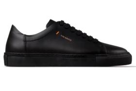 Von-Röutte all black sneaker