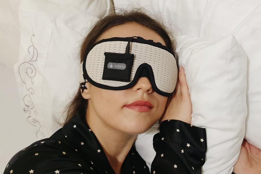 somni mask lucid dreaming mask
