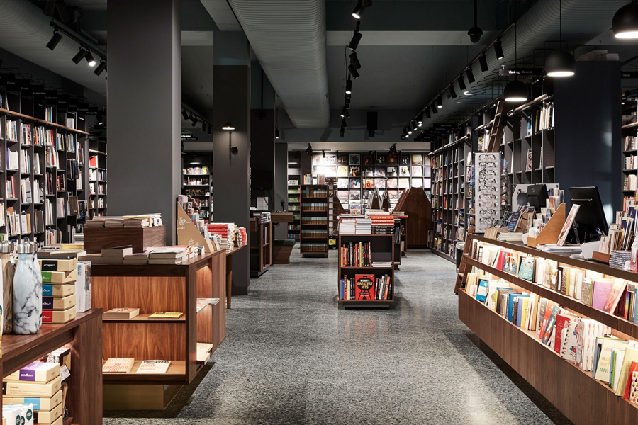 Readings store melbourne