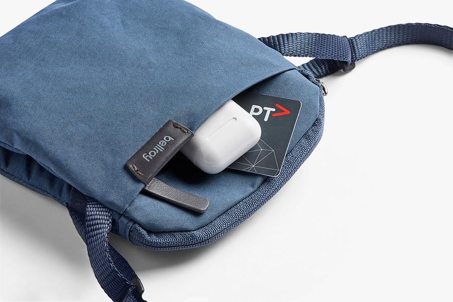 Bellroy City Pouch side pocket