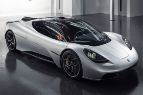 Designer of the McLaren F1 debuts the T.50 side view