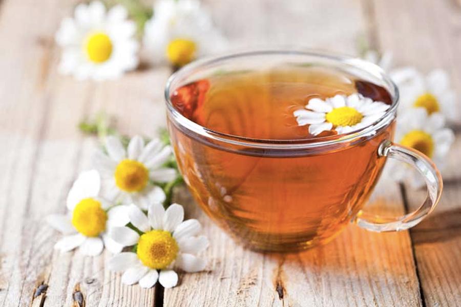 Foods That Help You Sleep - Camomile Tea