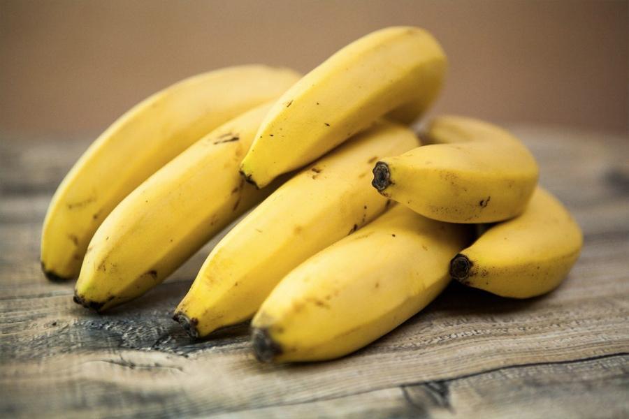 Foods That Help You Sleep - bananas