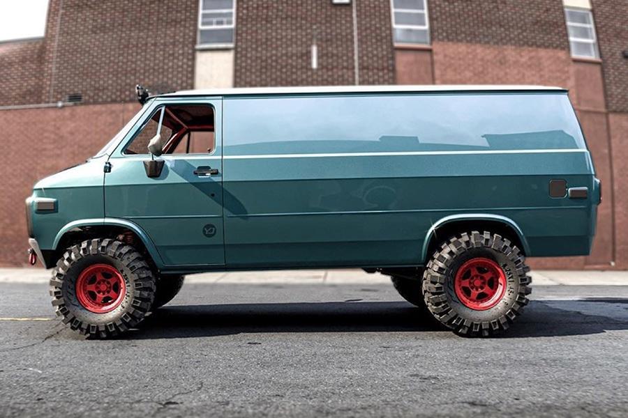 GMC 83 Van Concept vehicle