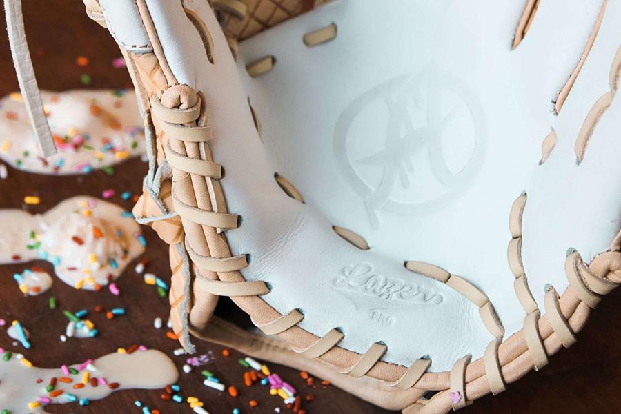 Ice Cream Glove heel pad