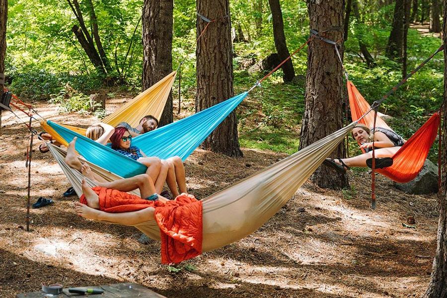Kammok Baya hammock attached in the trees