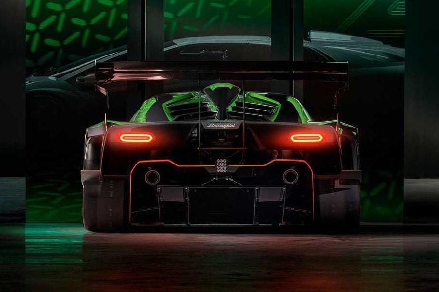 Lamborghini Essenza SCV12 back view