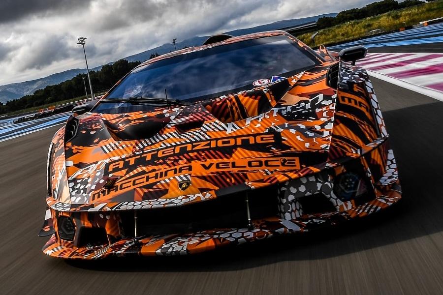 Lamborghini SCV12 side view