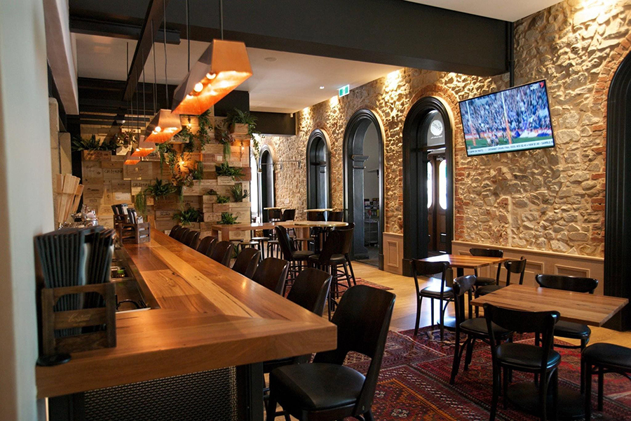 The Crafers Hotel Pubs in Adelaide