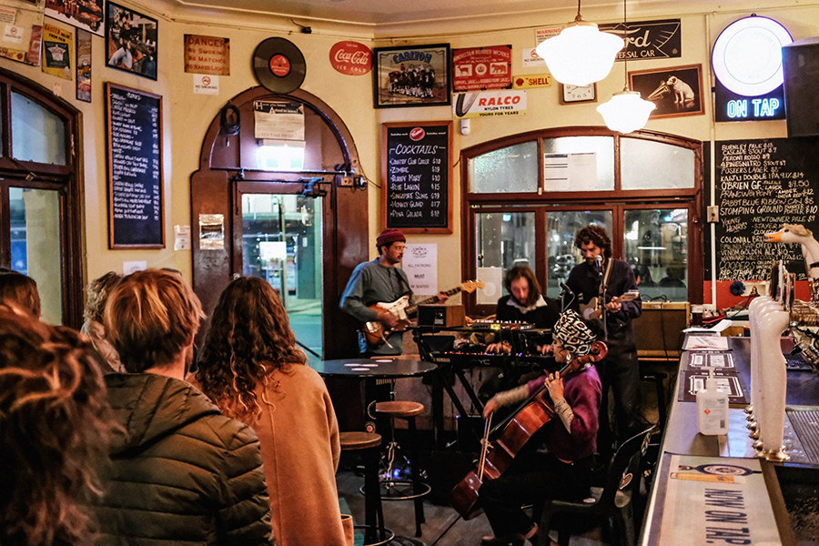 The Crown and Anchor Pubs in Adelaide
