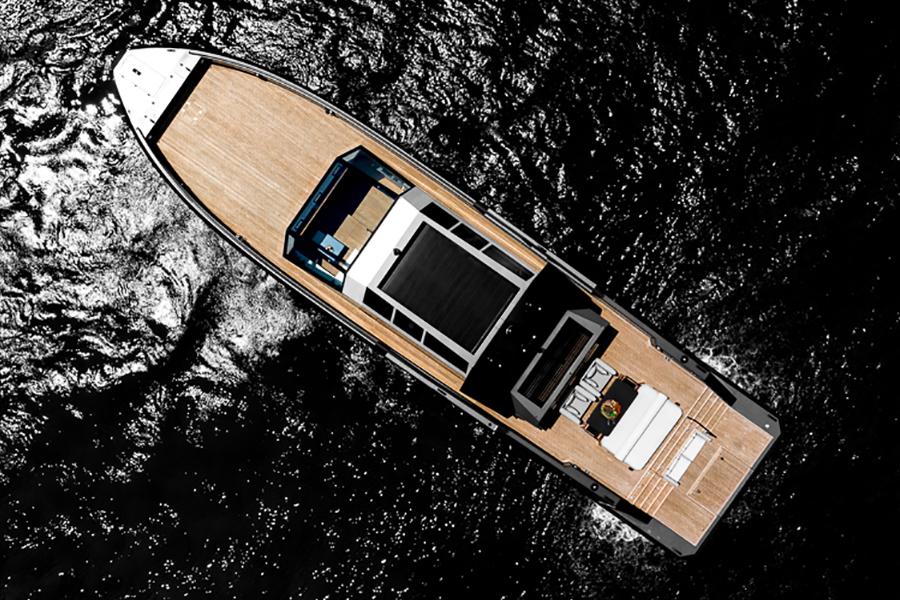 Mazu 82 Superyacht top view