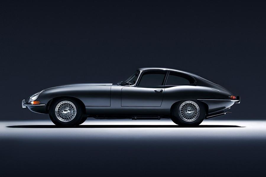 60th Anniversary Jaguar E-Type side view