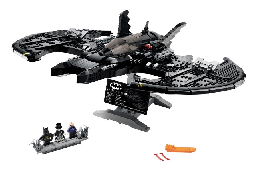 LEGO 1989 Batwing 4