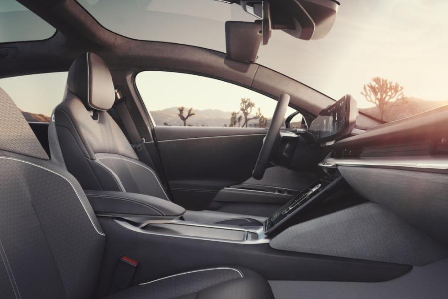 lucid air luxury sedan interior