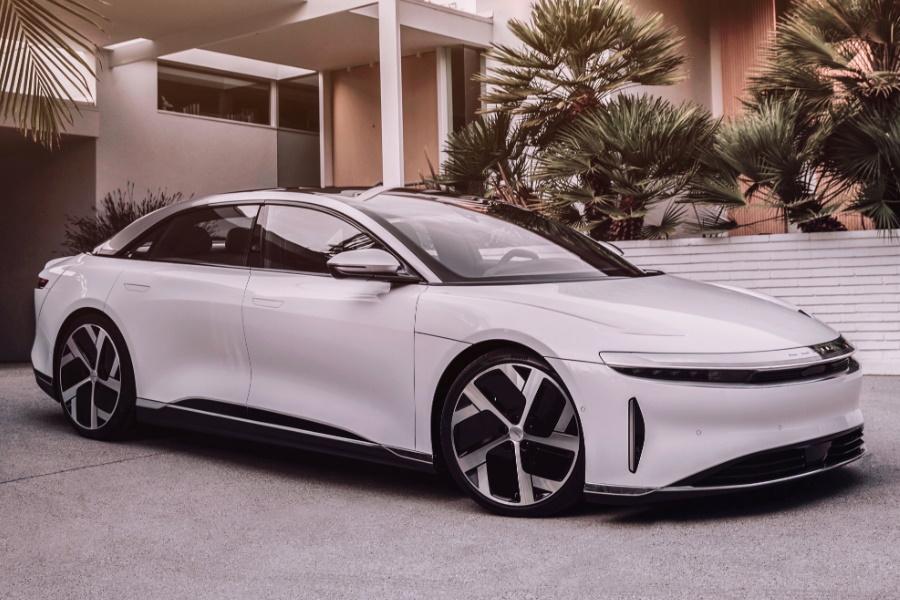 lucid air luxury sedan