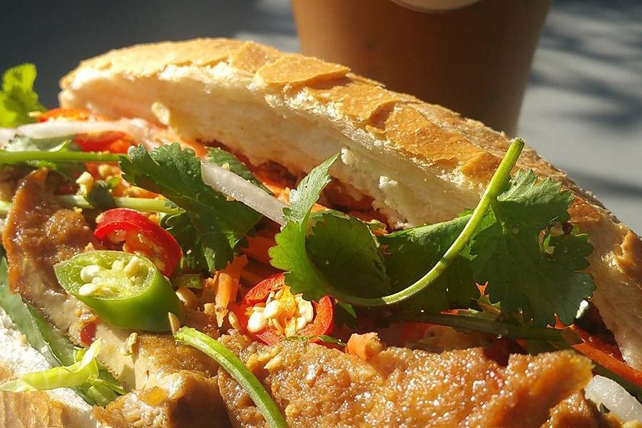 Fina's Vegetarian Cafe Banh Mi Melbourne