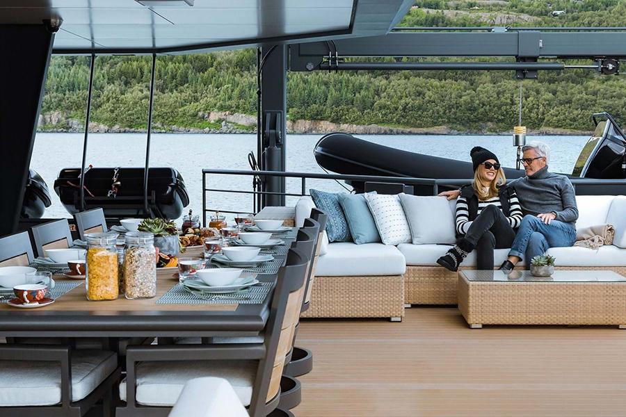 Burgess Luxury Yachts Ragner