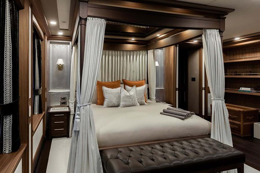 Burgess Yachts Ragner bedroom