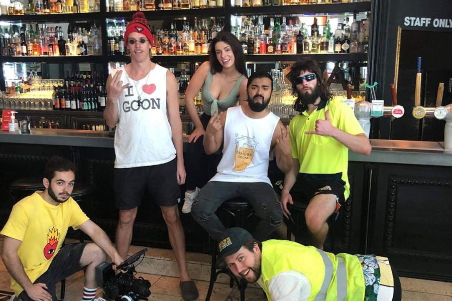 Cast from WAP parody video Cheap Ass Schoey