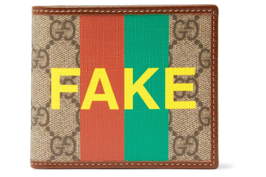 """""""FAKE"""" Gucci wallet"""
