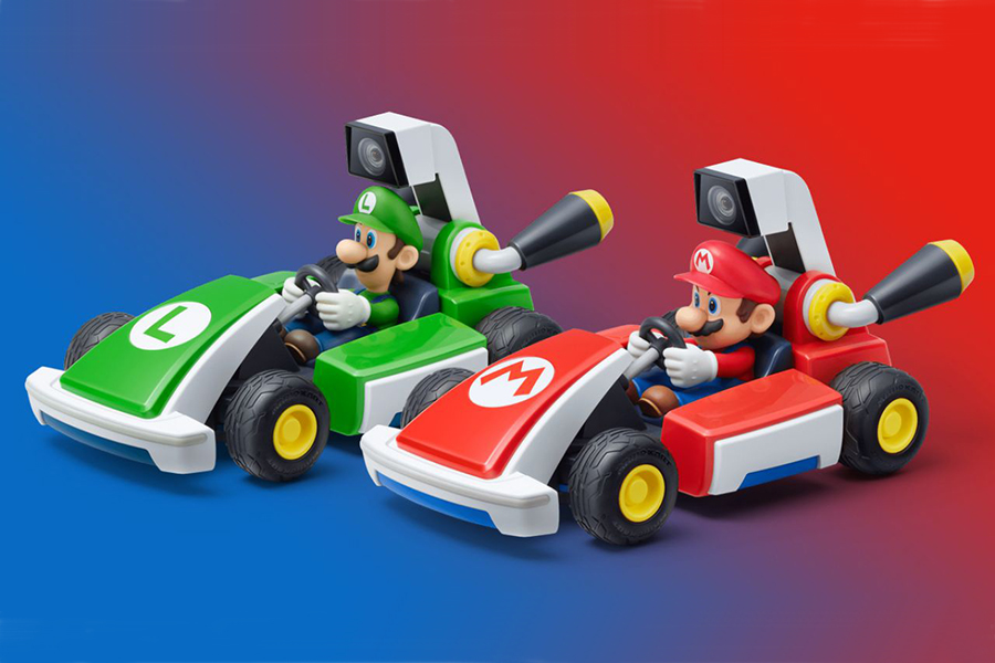 Mario Kart Live varies in color