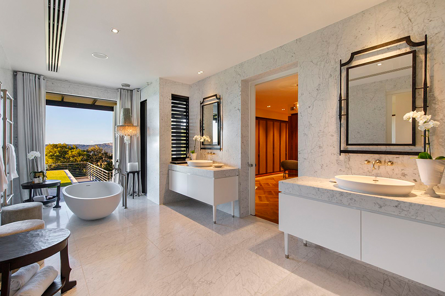 Noosa House $15 million bathroom