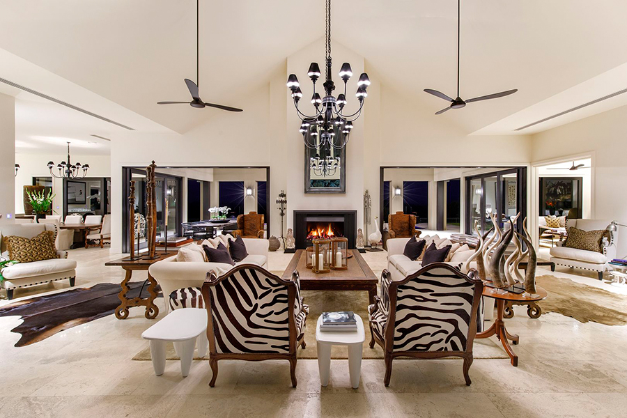 Noosa House $15 million lounge