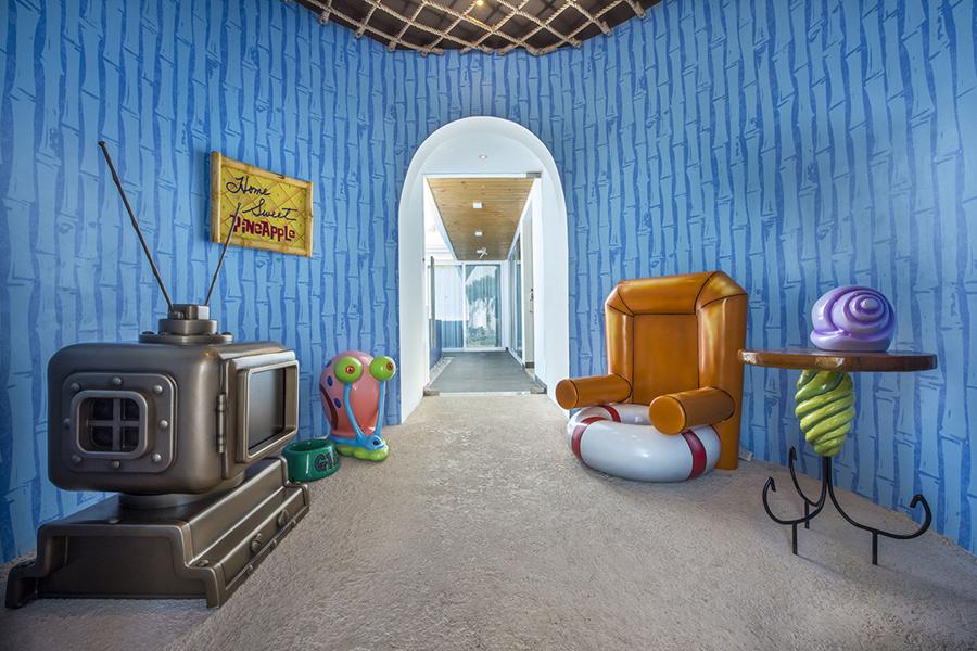 Spongebob Themed Accomodation inside