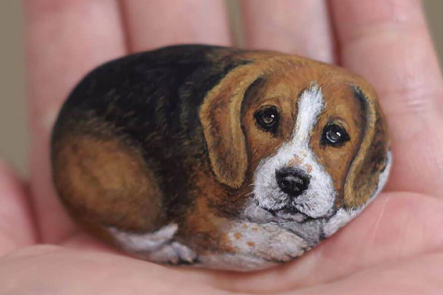 Japanese Artist Turns Stones Into Tiny Animals dog