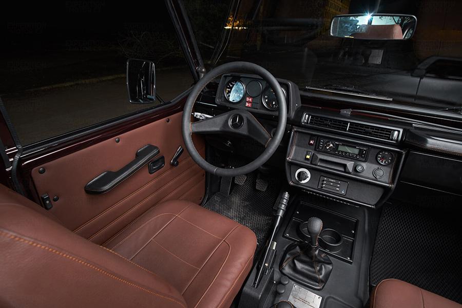 1990 Mercedes-Benz 250GD Wolf interior