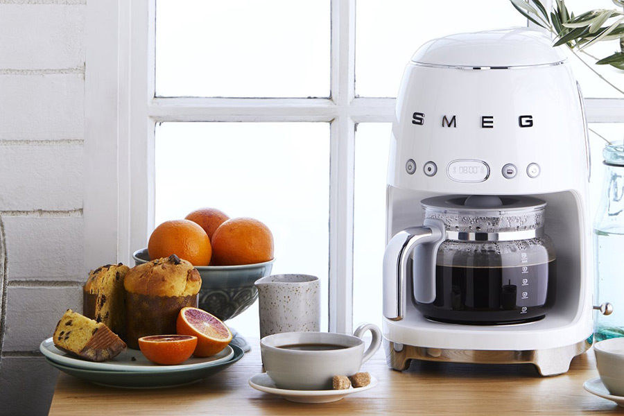 Christmas Gift Guide Smeg Retro Coffee Maker