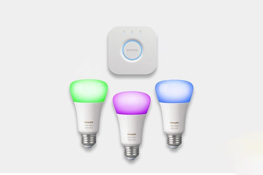 Philips Hue LED Bulbs Starter Kit Christmas Gift Guide Homemaker
