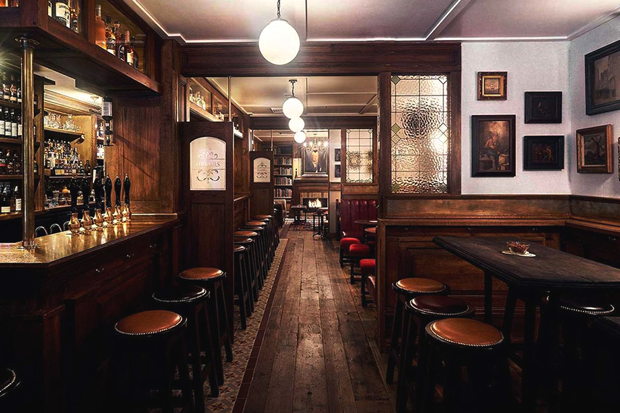 bars near me:  The Duke of Clarence