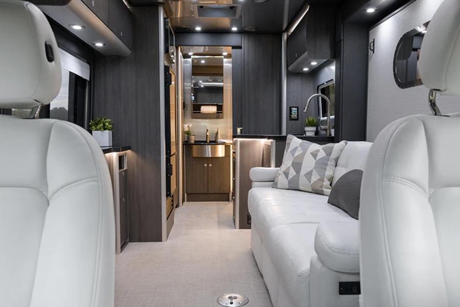 Airstream Omaze