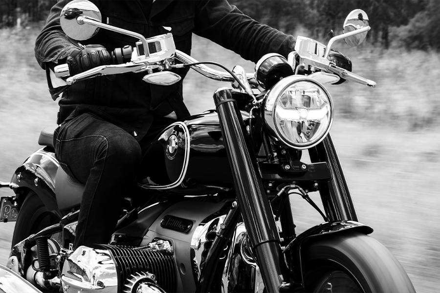 Две недели безумного BMW Motorrad R18 | Человек многих
