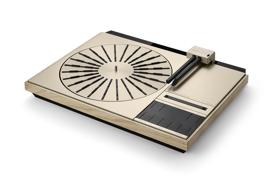 B&O Beogram 4000c turntable side view