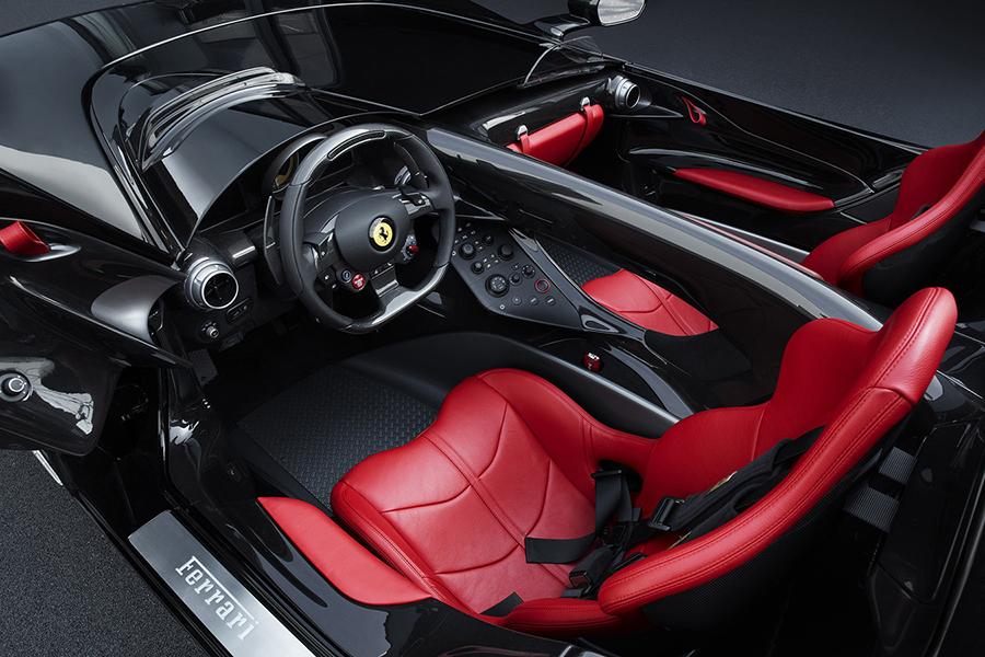 Ferrari Monza SP2 dashboard