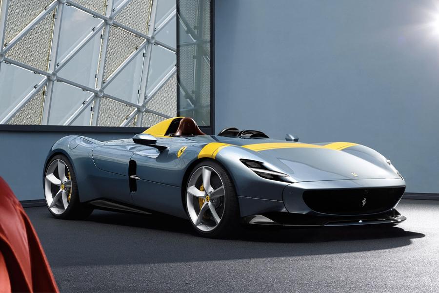 Ferrari Monza SP1 three quarters front