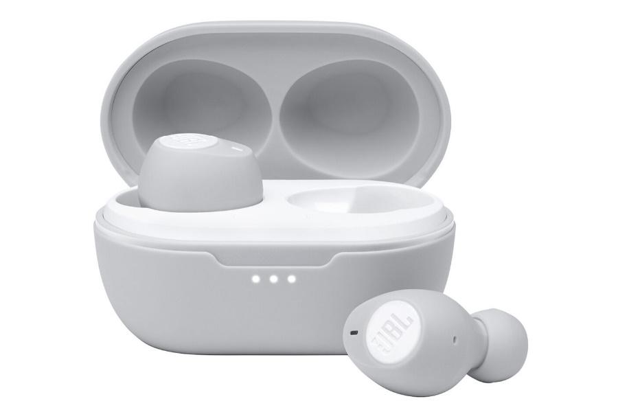 jbl earbuds in white