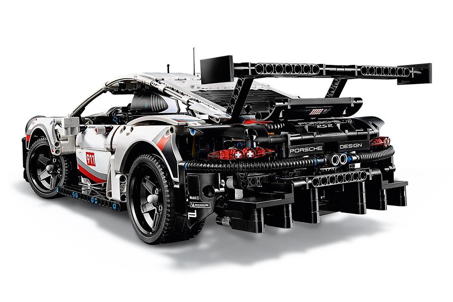 Lego Porsche 911 RSR back