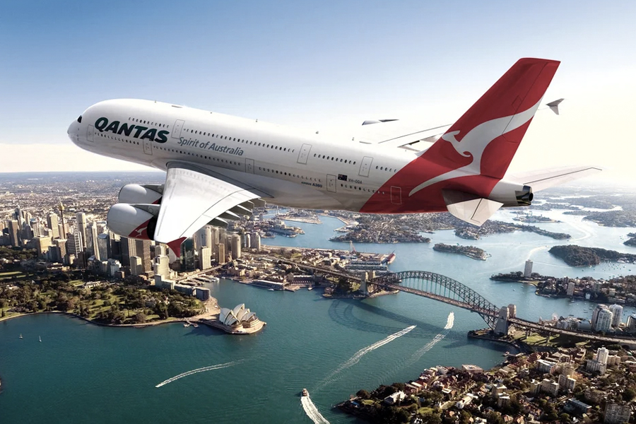 Qantas to Force Passengers to Prove They Have Been Vaccinated Against Coronavirus