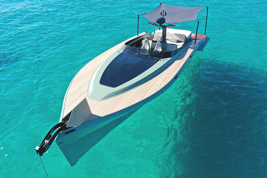 Say 42 Superyacht front view