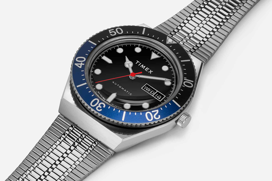 Timex M79 Black Bezel front