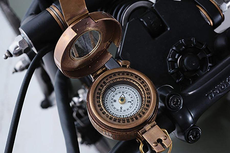 Triumph Motorcycles Bonneville Build temperature meter