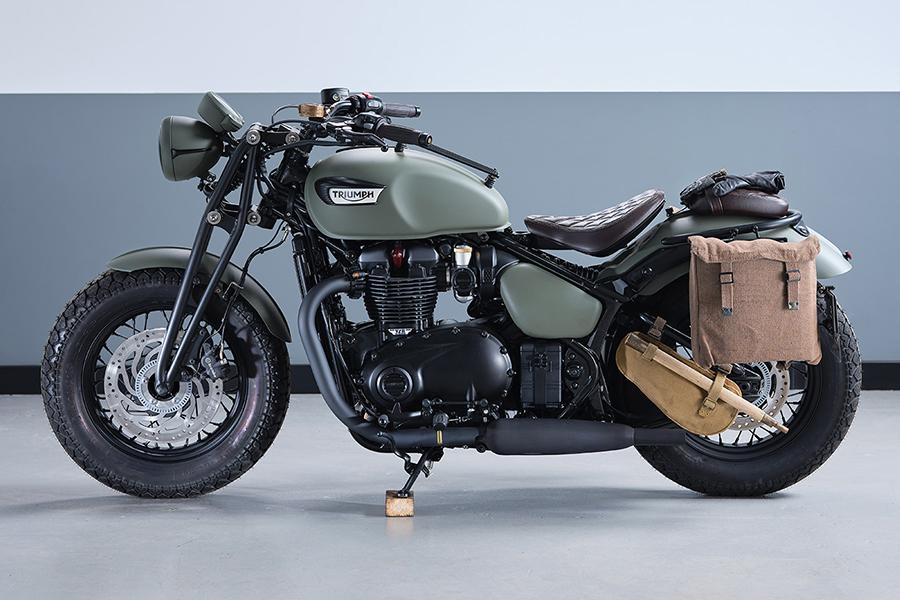 Triumph Motorcycles Bonneville Build side