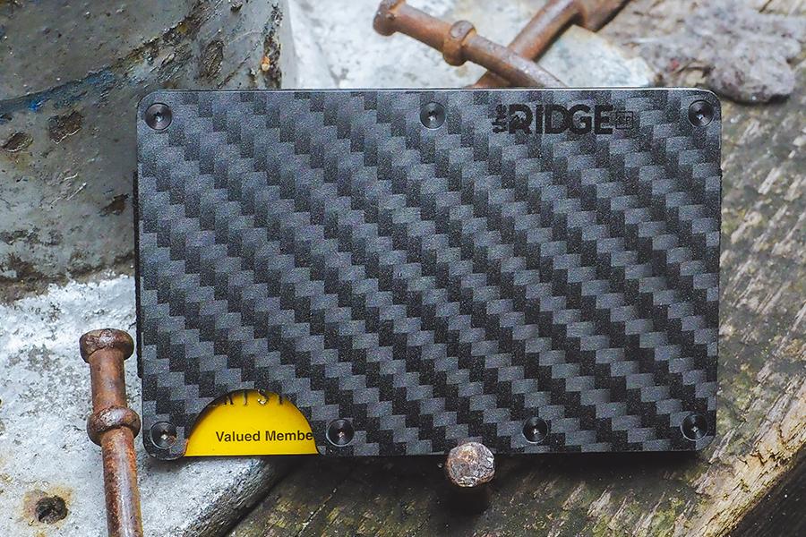 Эти 3 самых продаваемых кошелька Ridge могут стать идеальным подарком   Человек многих